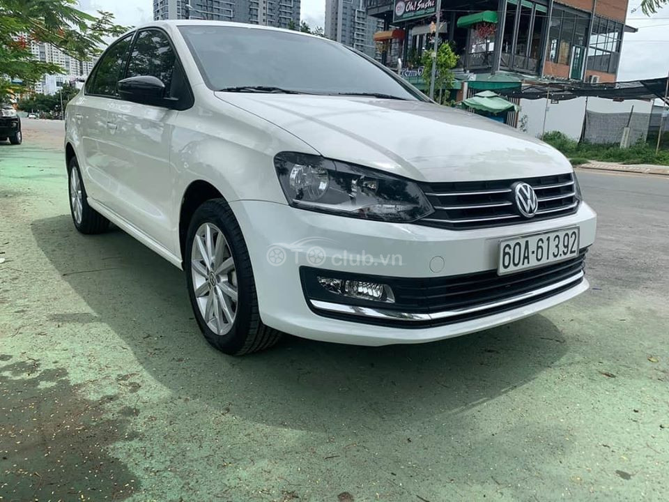 Volkswagen Polo 2018 form sedan