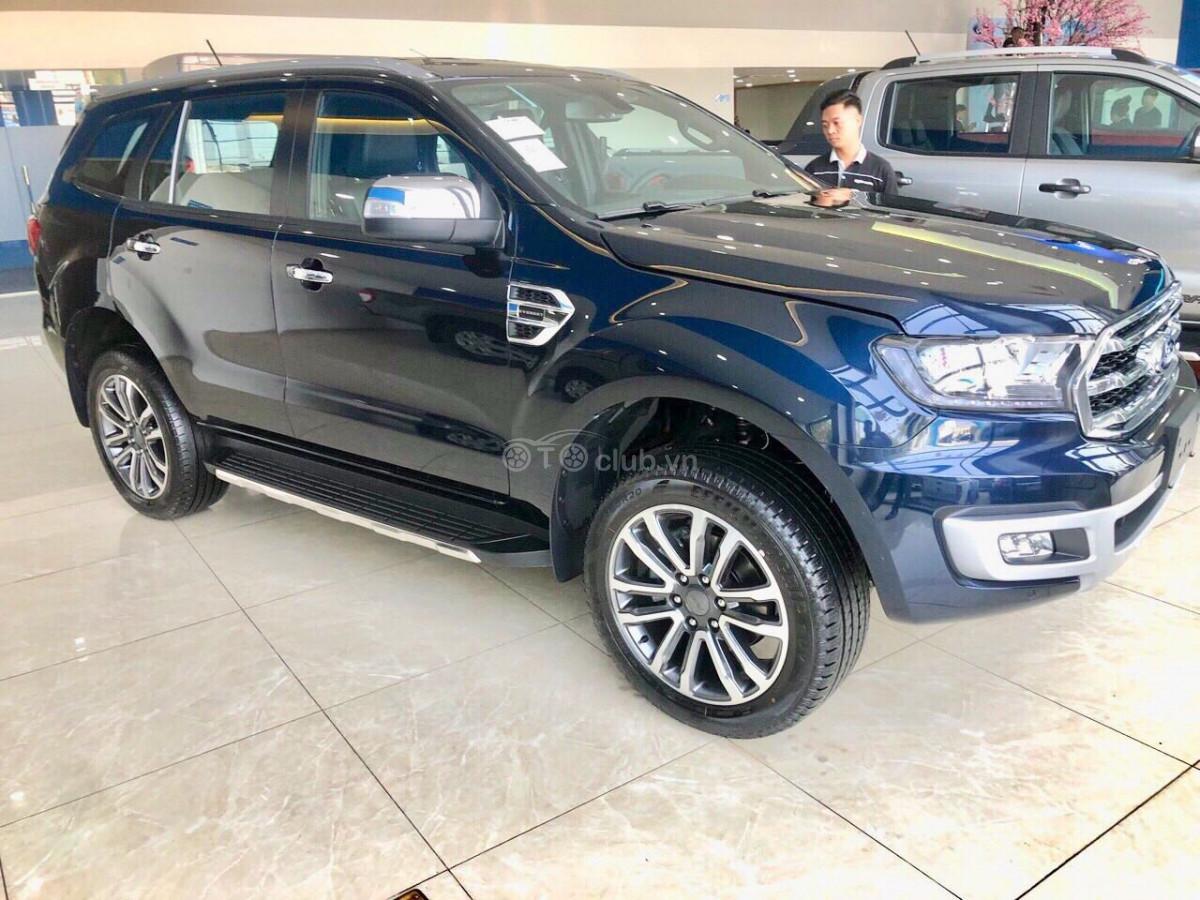 Bán xe Ford Everest 2020 - Khuyến mãi sốc giao ngay